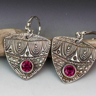 Silver Tribal Textured Earrings Shield Shaped with Red CZ